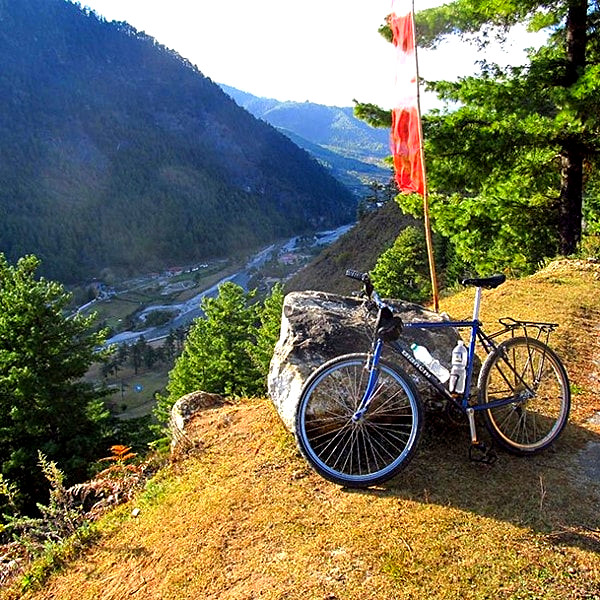 6 days mountain biking tour in Bhutan