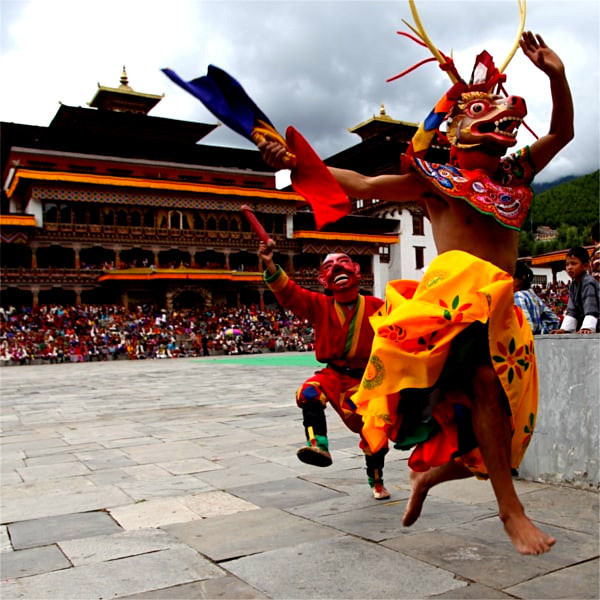 8 Days cultural sightseeing tour in Bhutan